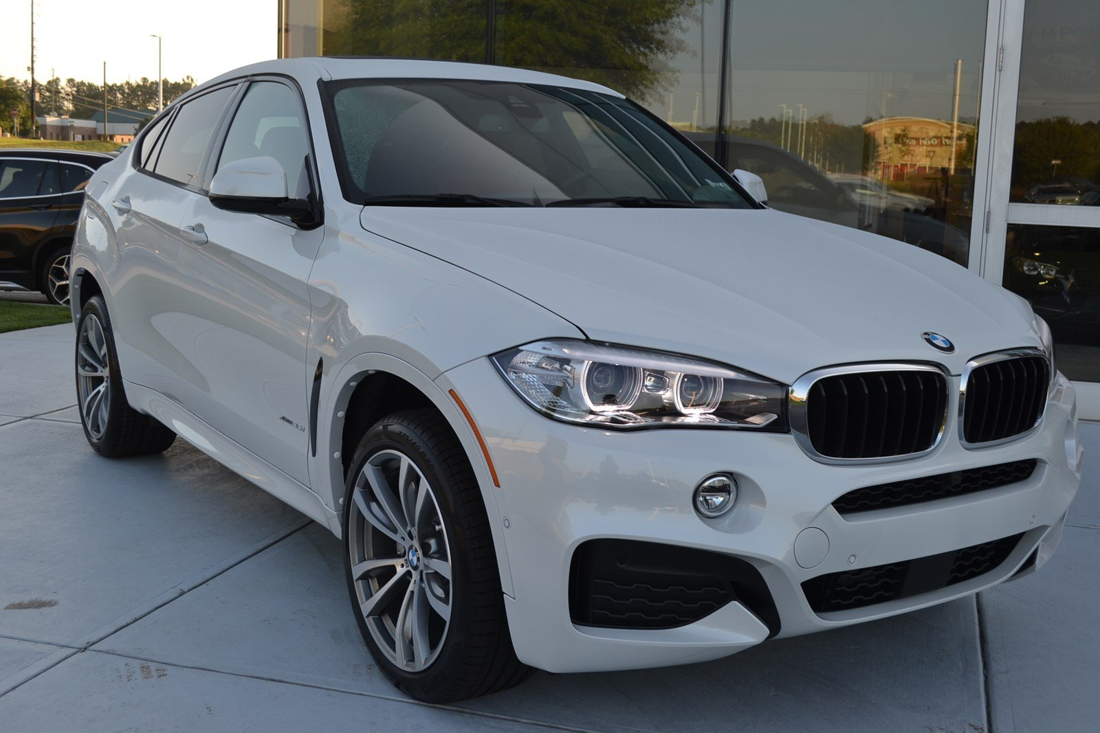 New 2019 Bmw X6 Xdrive35i Sport Utility In Macon B1654 Butler
